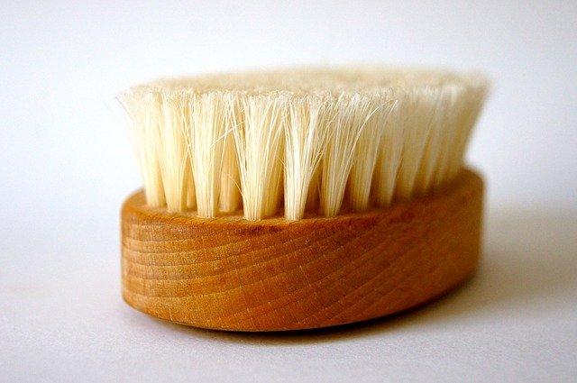 Natuurlijke haarverzorging door te borstelen